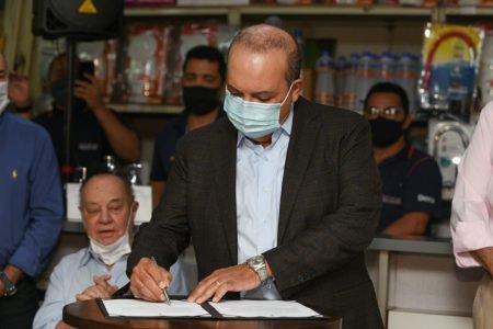 Governador Ibaneis Rocha assina ordem de serviço para início das obras nas quadras 502 à 508 e 513 à 516 Sul e entrega reforma das quadras 509/510 Sul