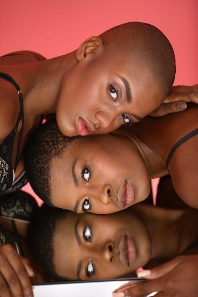 mulheres negras em ensaio fotográfico