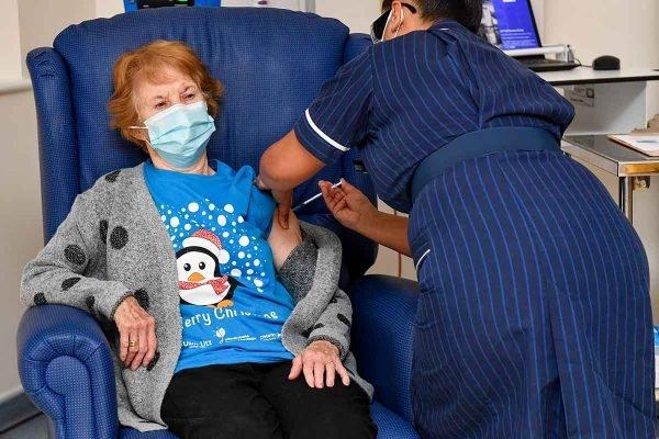 Reino Unido inicia vacinação em massa contra o coronavírus