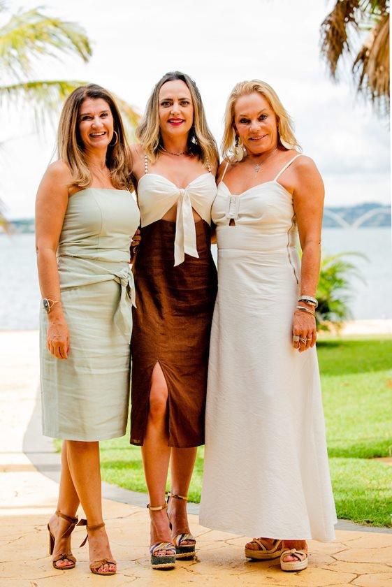 Lara Calaça, Juliana Cabral e Mércia Crema