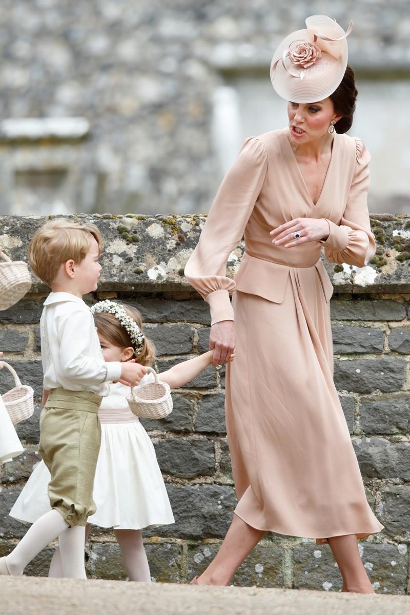 Principe George, Kate Middleton e princesa Charlotte