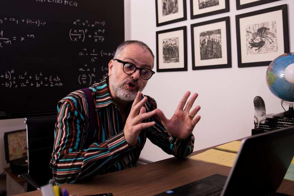 Marcelo Várzea (Profesor Chicão)