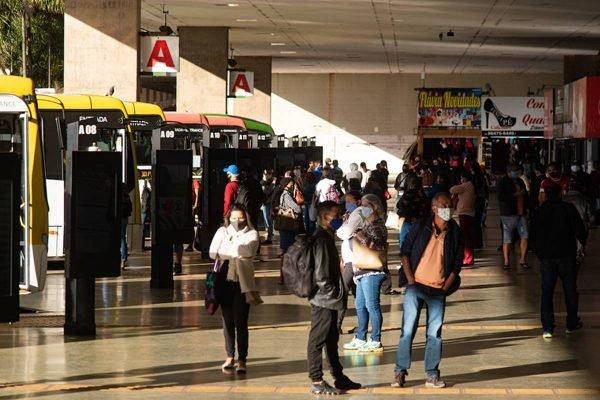 A Secretaria DF Legal faz a fiscalização sobre o uso da máscara na capital do país