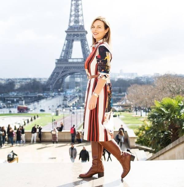 Consultora de imagem Valeria Doustaly, em Paris