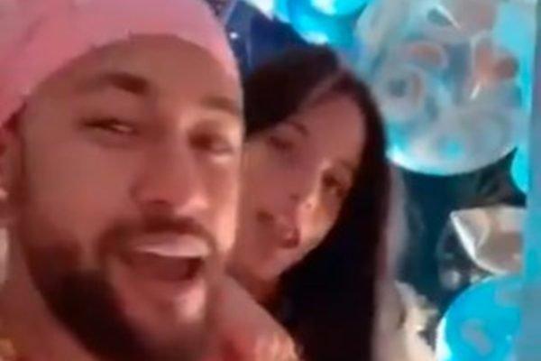 Neymar e Emilia Mernes