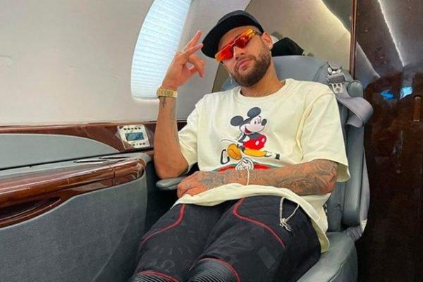 Neymar no jatinho