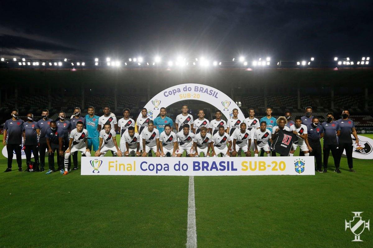 Vasco empata nos acréscimos com o Bahia e fatura a Copa do Brasil Sub-20
