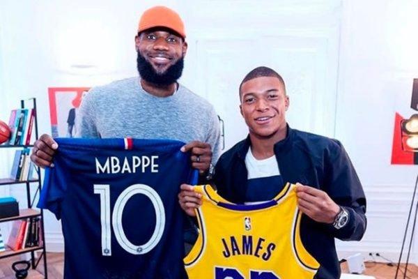 LeBron James e Mbappé