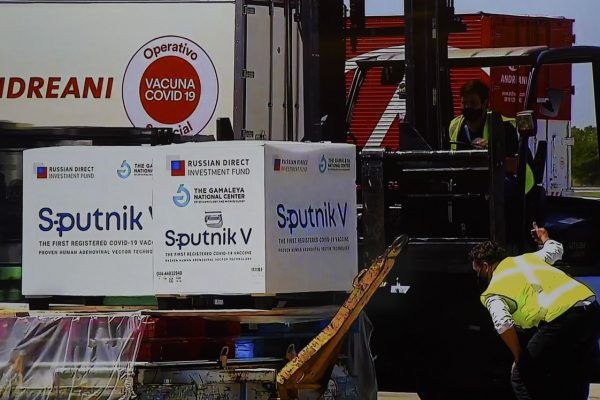 Chegada da vacina Sputnik V na Argentina