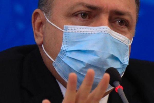 Pazuello anuncia aquisição de 100 milhões de doses da vacina 9