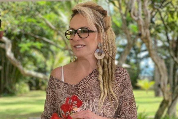 Ana Maria Braga de dreads dreadlock