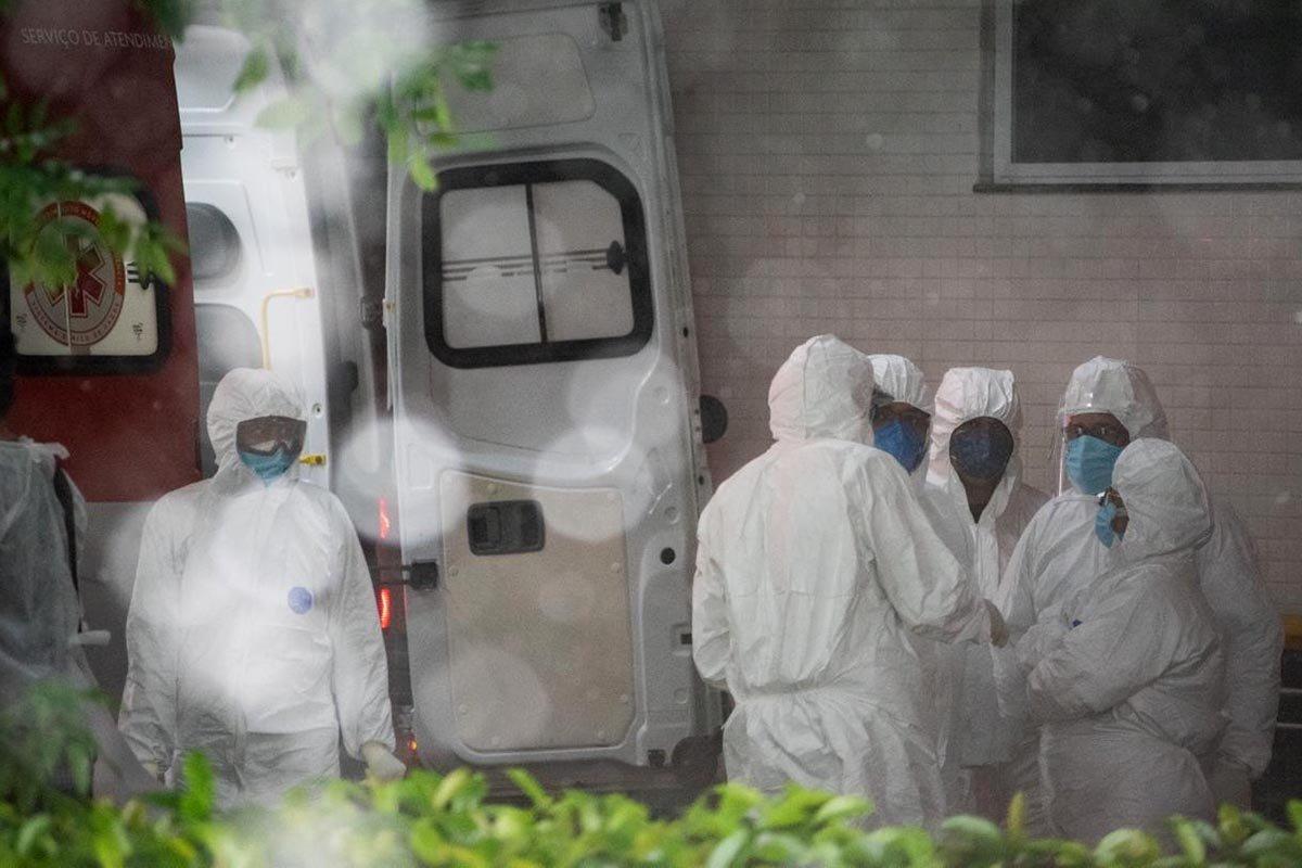 Desde o início da pandemia letalidade da Covid-19 no Brasil caiu 65,2%