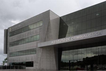 Entrada do Instituto de Criminalística da Polícia Civil do DF