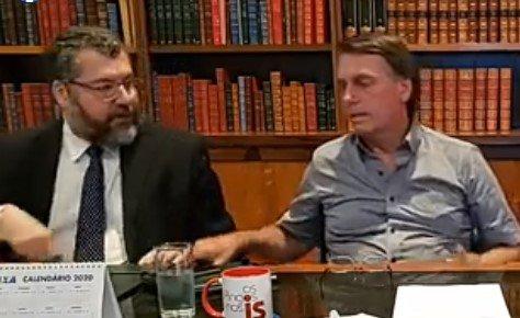 Jair Bolsonaro com Ernesto Araújo