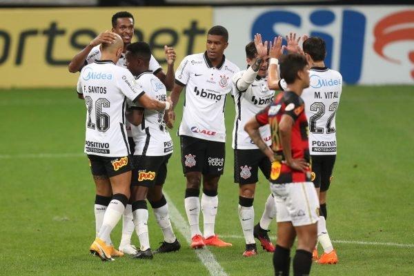 Corinthians vence o Sport