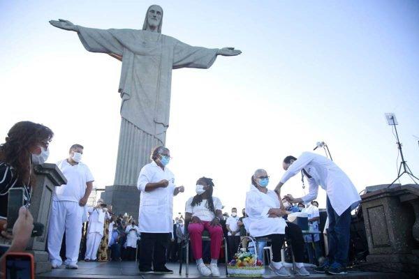 Início da vacinação no Rio aconteceu no Cristo Redentor
