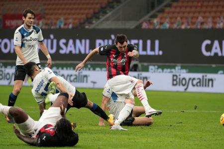Milan perde para a Atalanta