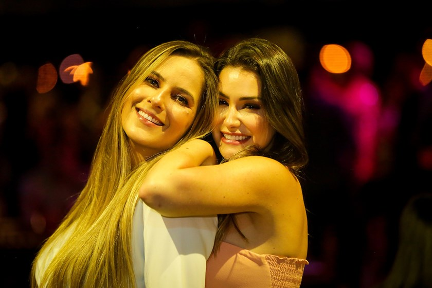 Roberta Barbosa e Isabela de Paula