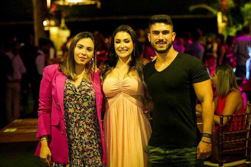 Amanda Zanganelli, Isabela de Paula e Daniel Venuto