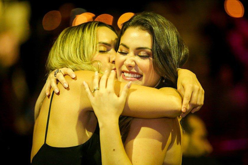 Andreia Araújo e Isabela de Paula