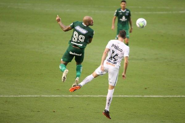 Goiás vence o Santos