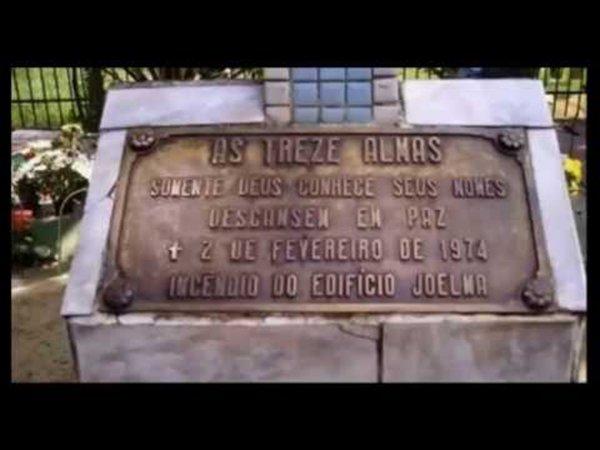 Placa 13 almas cemitério S. Paulo