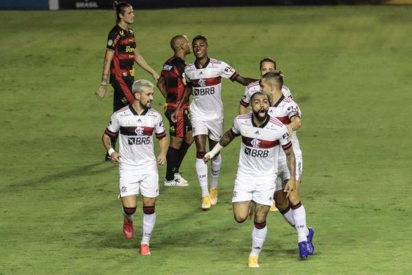 Flamengo bate o Sport
