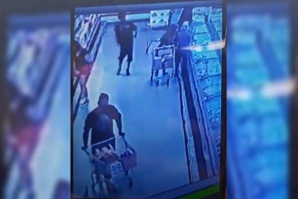 Mulher esfaqueada dentro de supermercado em Valparaíso