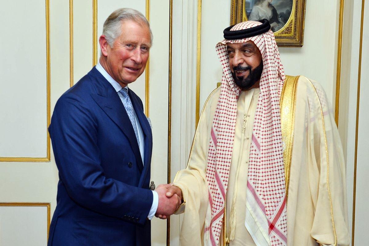 Príncipe Charles e Khalifa bin Zayed Al-Nahyan