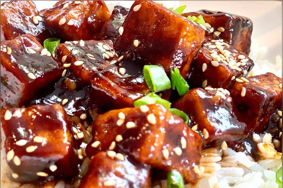 Tofu crocante ao molho agridoce
