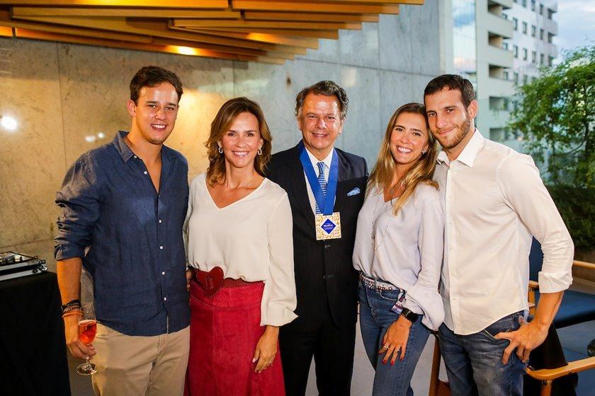 Fabiano Cunha Campos recebe prêmio da Secretaria de Turismo de Brasília