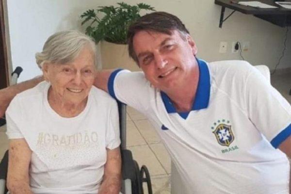 Dona Olinda e o filho Jair Bolsonaro
