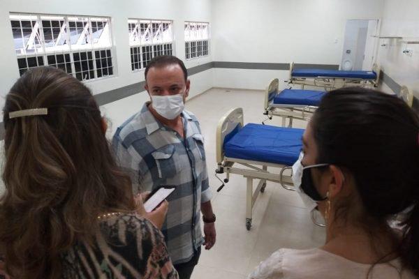 Fevereiro de 2021 - Prefeito Edinho Silva em abertura de novos leitos em Araraquara