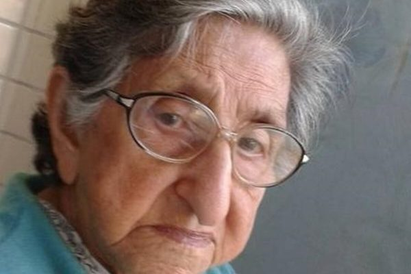 Idosa Edna Cruz, de 94 anos