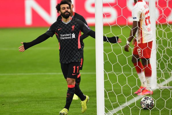 Salah comemora gol do Liverpool na Champions League