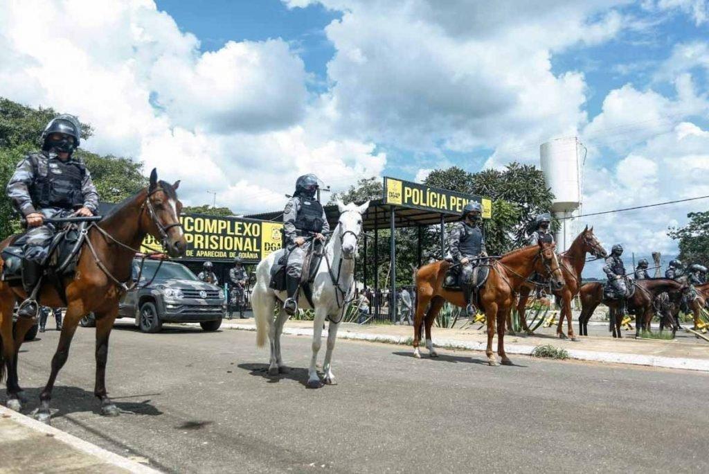 Motim de presos em Goiás