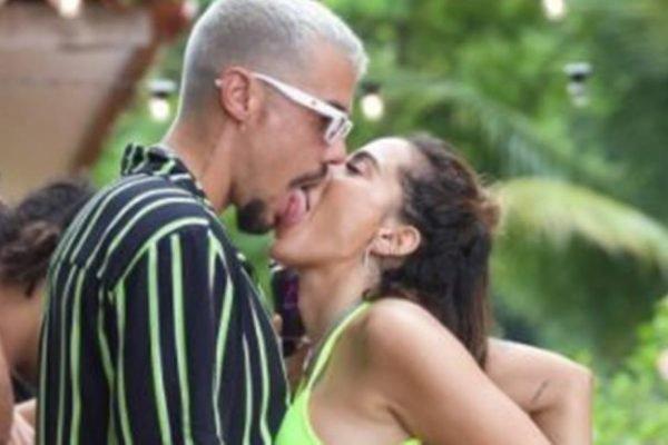 Anitta e Lipe Ribeiro Beijão na Ilha da Beats