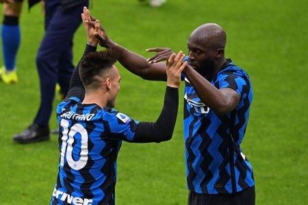 Internazionale atropela o Milan