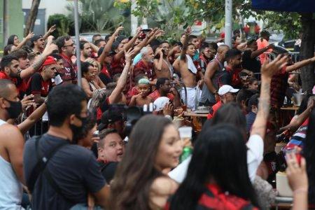 Torcida do Flamengo na Tijuca, no Rio