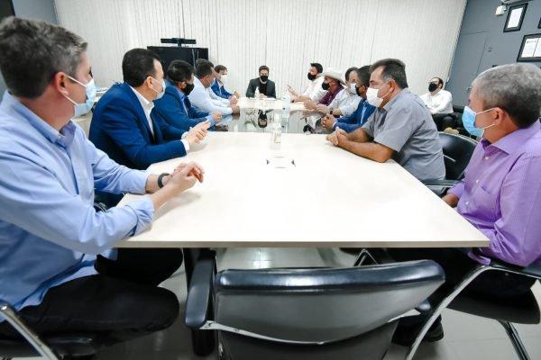 prefeitos reunidos