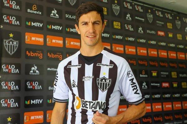 Nacho Fernandez é apresentado como novo reforço do Atlético-MG
