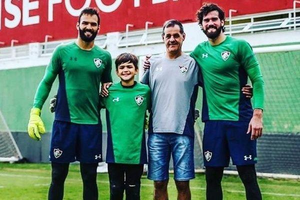 Muriel, Alisson e o pai