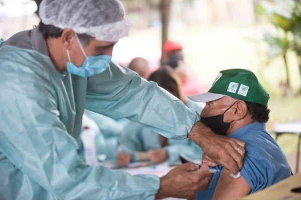Vacinação na UBS 5 em Ceilândia