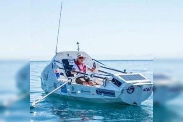 Remador sul-americano Kirk Botha leva 71 dias para atravessar o Atlantico e chegar ao Brasil