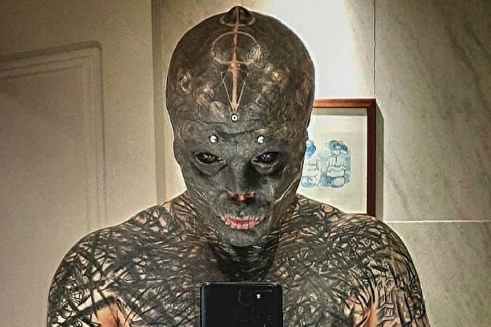 Anthony Lovredo, que se convierte en un extraterrestre