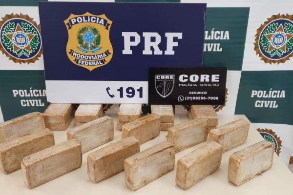 Polícia apreende 20 quilos de cocaína que estariam com PM de São Paulo