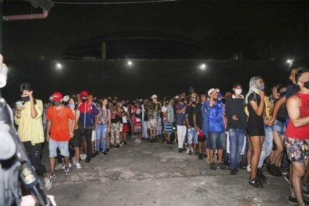 Festa clandestina é interrompida na zona sul de São Paulo