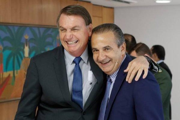 O presidente Jair Bolsonaro (sem partido) e o pastor Silas Malafaia, no Palácio do Planalto