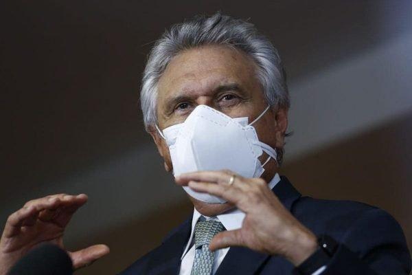 governador de goiás, ronaldo caiado, durante anúncio de medidas contra a covid-19