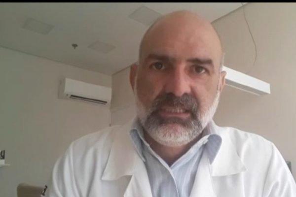 Médico faz apelo para que idosos de São Vicente procurem vacina